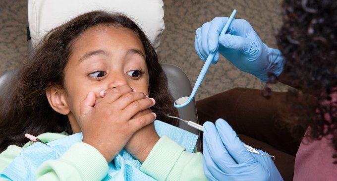 Odontofobia-nei-bambini-come-trattare-la-paura-del-dentista-nei-piu-piccoli-680x365
